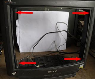 Cómo reemplazar la pantalla de un televisor Sony