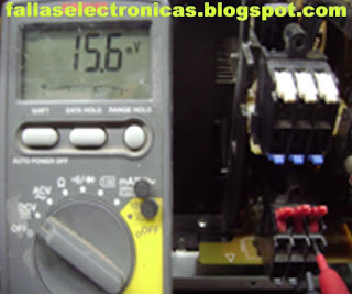 cuantos voltios mide circuito integrado equipo