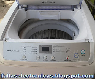 Lavadora Electrolux se sacude y golpea al centrifugar