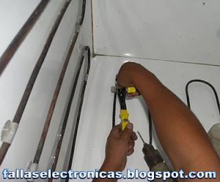 como remachar los tubos al congelador