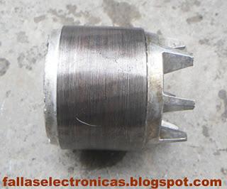 rotor del compresor de una nevera