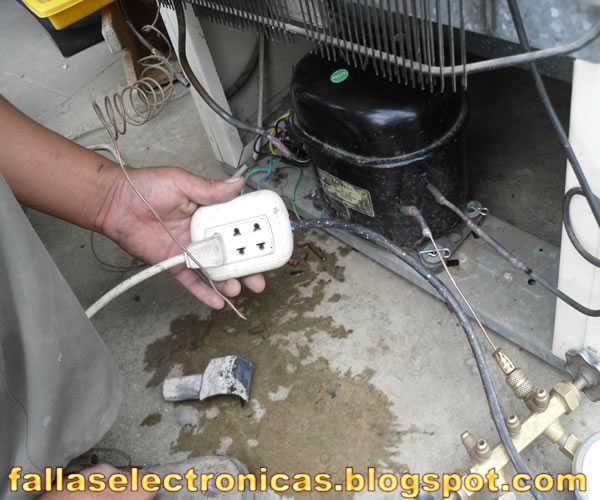 Cuanto cuesta ponerle gas a un refrigerador for Cargar aire acondicionado casa