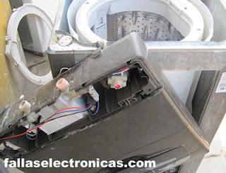 quitar tablero de lavadora electrolux