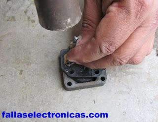 despiece de las valvulas de compresor de refrigerador