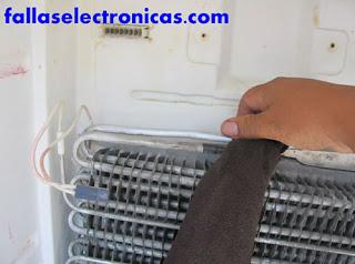 ¿Cómo solucionar el problema de la fuga de gas de un refrigerador?