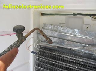 como reparar fuga de gas en refrigerador