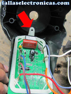 como quitar tarjeta electronica de licuadora